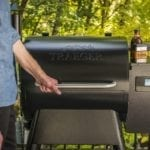 Traeger_Grills_Store_Pro 575_People at grill_014